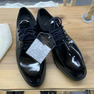 Men Classy Patent Leather Brogue Shoes