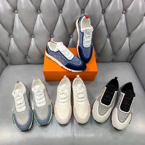 Top Knitted OEM Breathable Men Sneaker